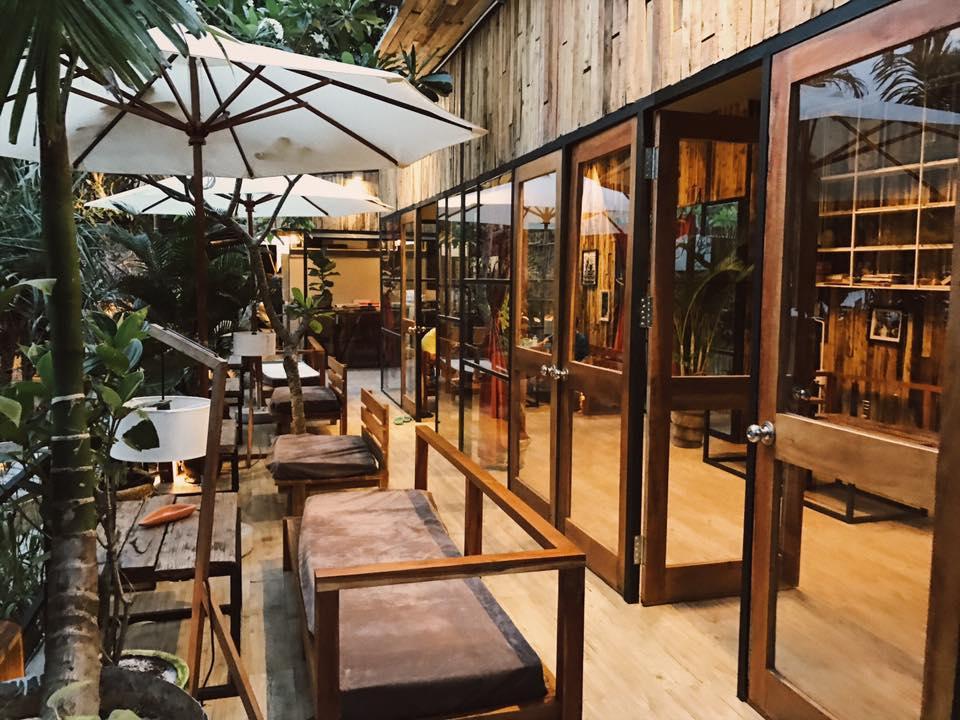 The Fish Hostel Restaurant phu quoc ivivu 16