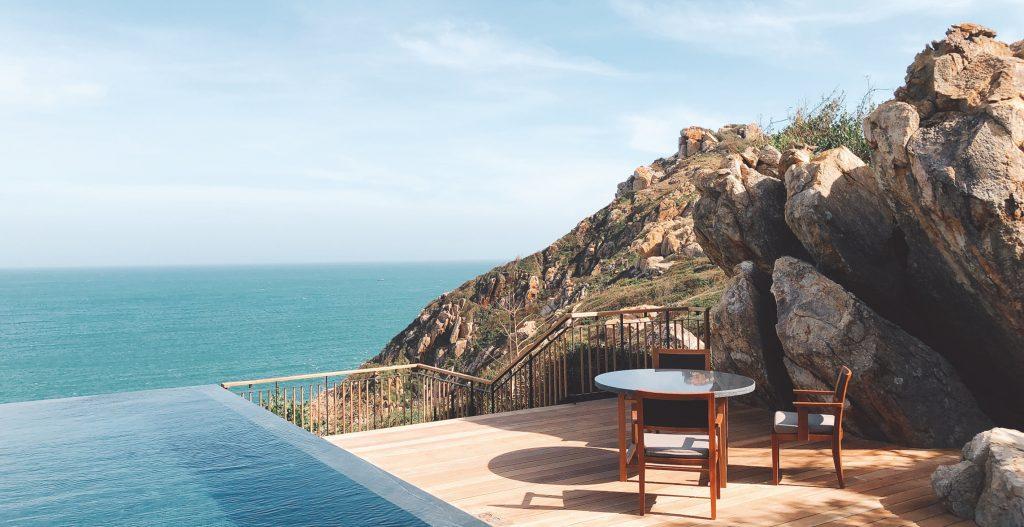 amanoi ocean pool villa office 17703 1 1024x527 1