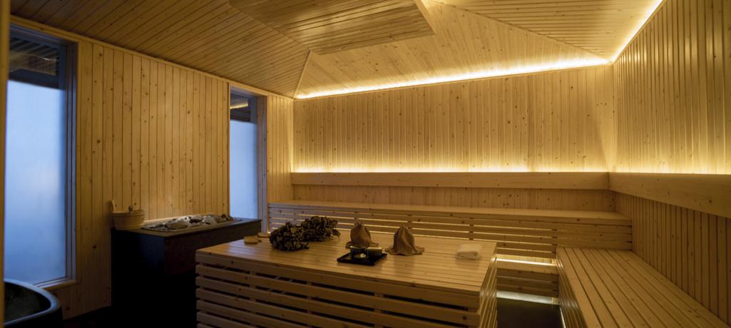 amanoi vietnam forest wellness pool villa banya treatment room high res 14584