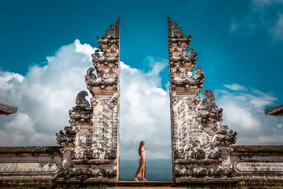 bali pura lempuyang temple heaven gate 2