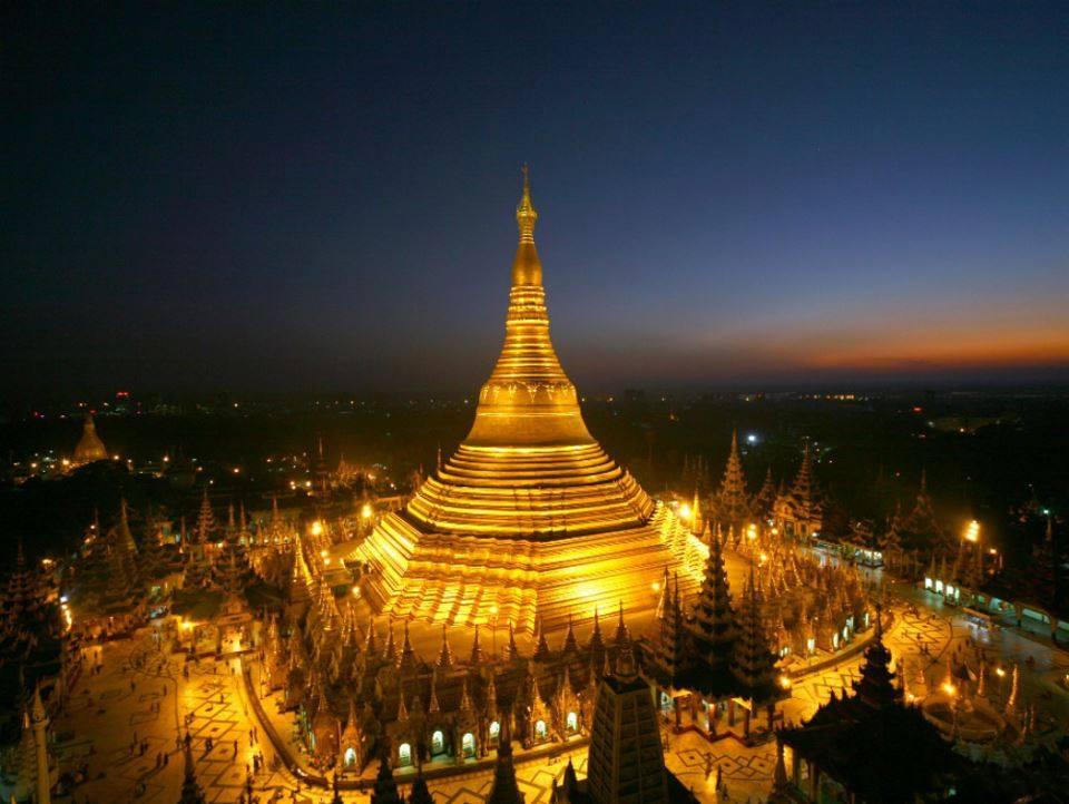 chua vang Shwedagon Pagoda