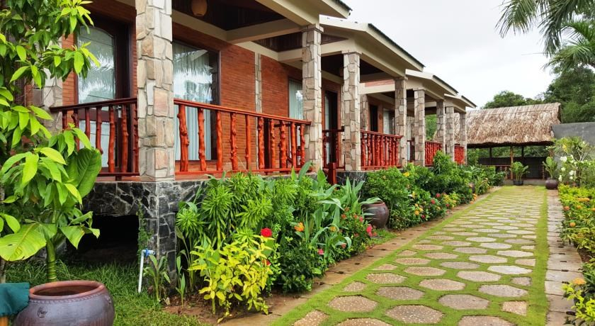 cottage village phu quoc 12