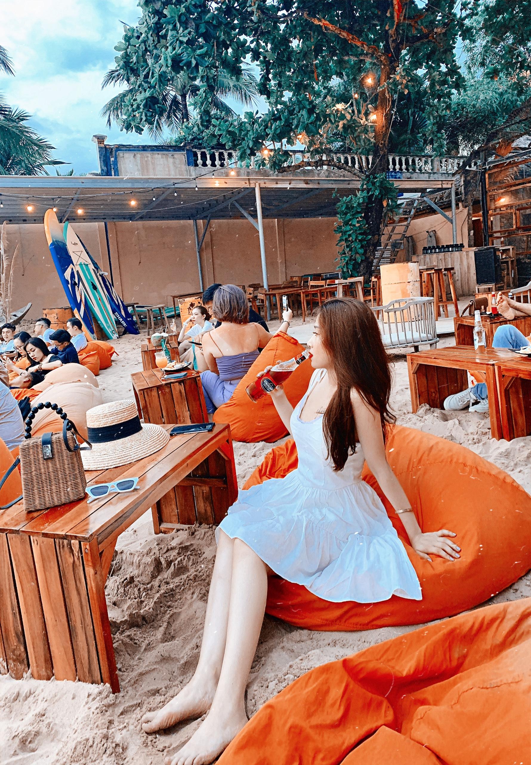 ocsen beach bar phu quoc dulichchat 2