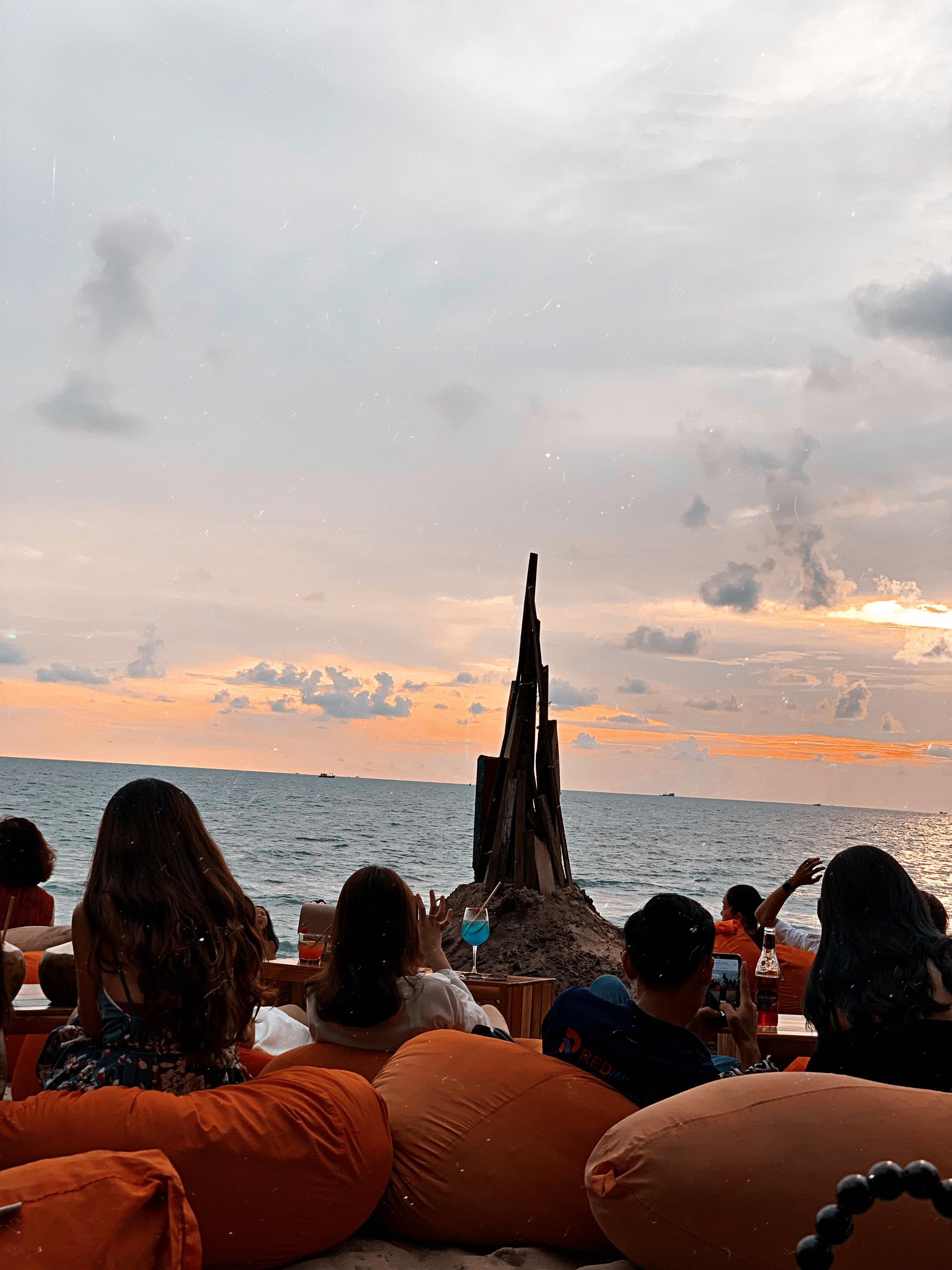 ocsen beach bar phu quoc dulichchat 5