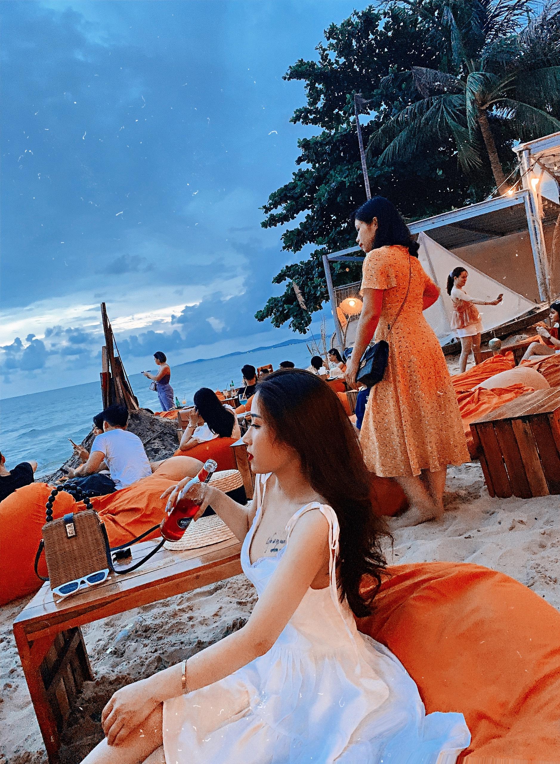 ocsen beach bar phu quoc dulichchat 8