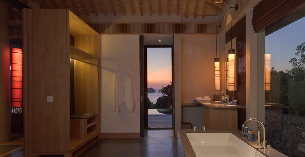 pool pavilion bathroom office 4759 1024x527 1