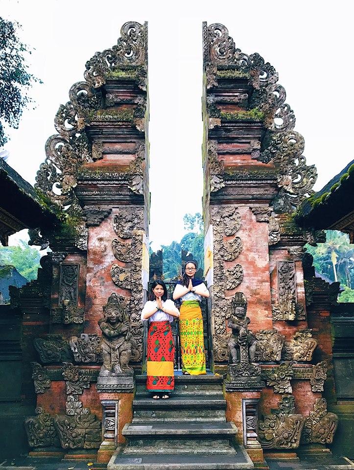 tirta empul temple bali dulichchat